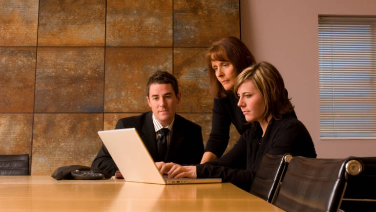 Business Leadership Skill: The Flip Side of Micromanagement
